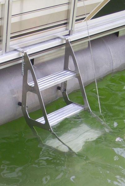 Tooner Ii Pontoon Retractable Ladder Pontoon Amp Deck Boat