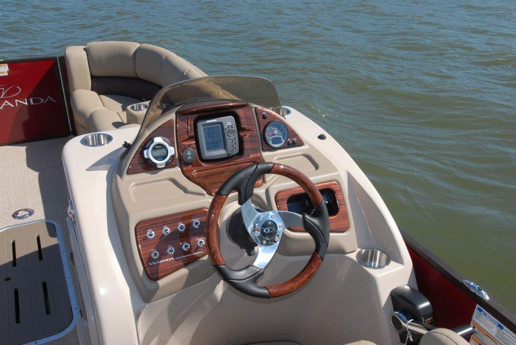 Veranda V22RFL | Pontoon & Deck Boat Magazine