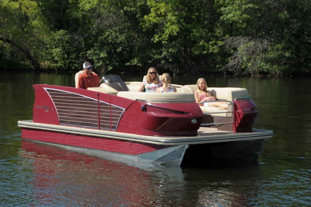 22 Foot Pontoon Boat >> Larson launches Escape pontoon line | Pontoon & Deck Boat