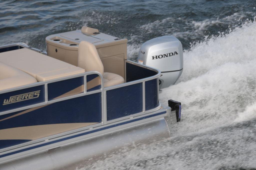 Weeres 200 Angler | Pontoon & Deck Boat Magazine