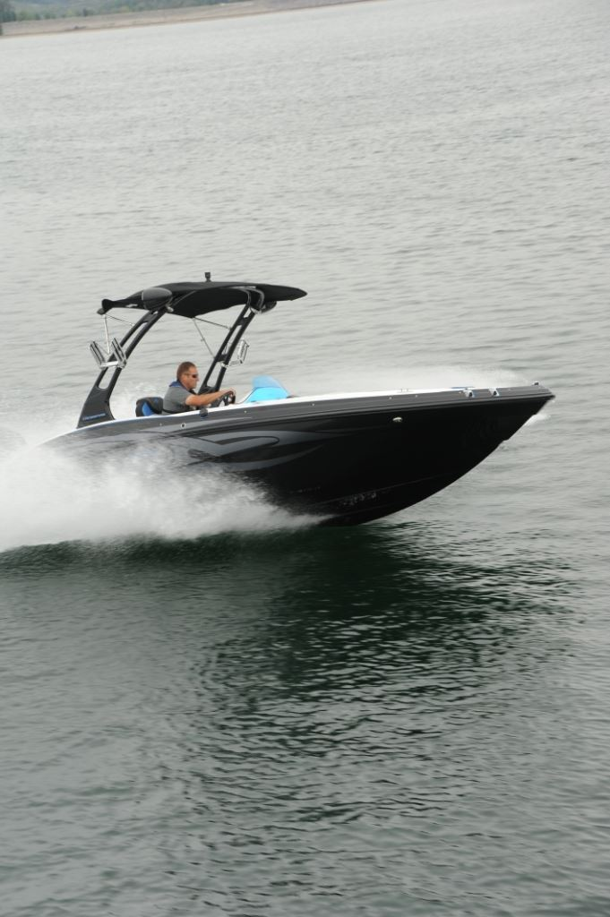 hurricane ss  crossfire pontoon deck boat magazine