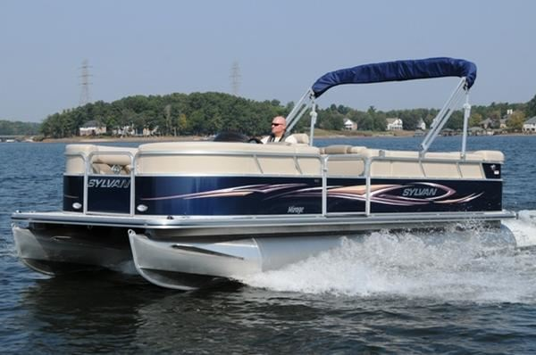 Boat Test Monday: Sylvan 8522 Mirage LE | Pontoon & Deck Boat Magazine