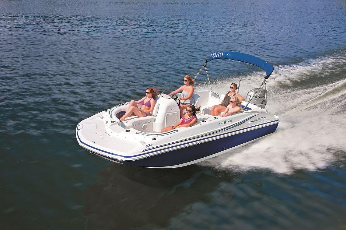 All Under 40k Six Value Driven Deck Boats Pontoon