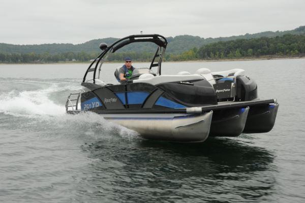 Aqua Patio 250 Express Pontoon Amp Deck Boat Magazine